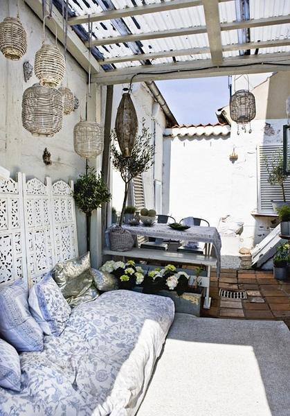 把床摆在阳台还可以这么棒