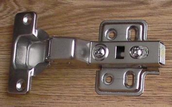 铰链是橱柜的灵魂,购买橱柜铰链的7个小技巧