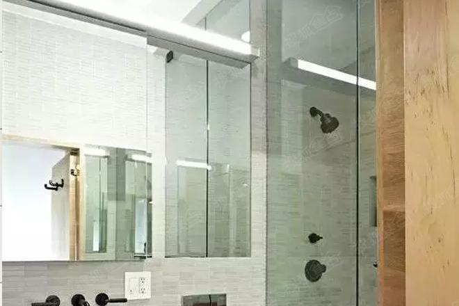 小户型卫生间太拥挤?镜柜教你完美收纳