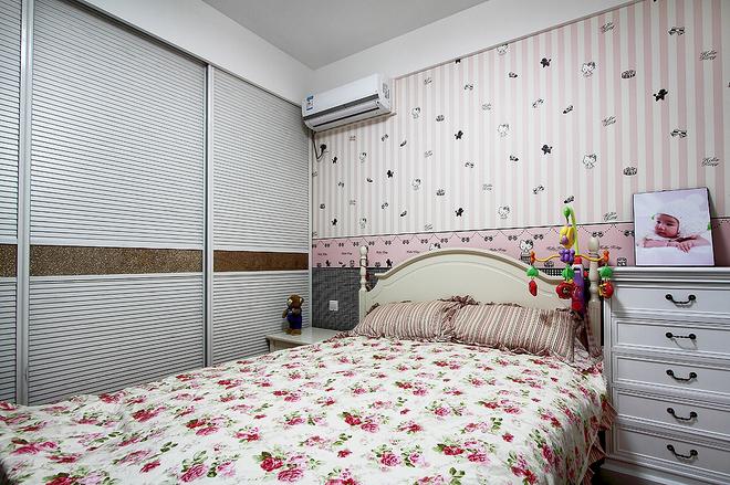 简约与欧式的效果混合,92�O简欧三居室
