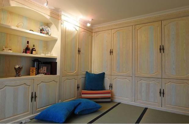 原来卧室收纳竟这样,衣柜用处大大的!