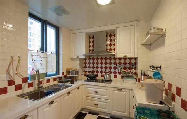 连厨房都装修设计得这么美,要怎么舍得做饭