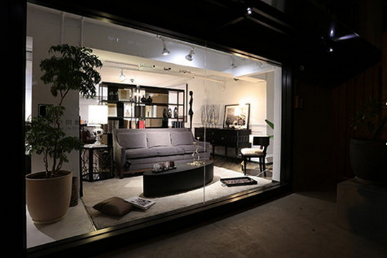 营造客厅穿透感 玻璃移门巧隔断设计
