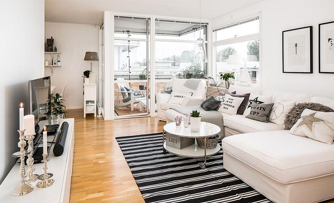 看看瑞典人的神奇的客厅隔断设计!50�O北欧一居