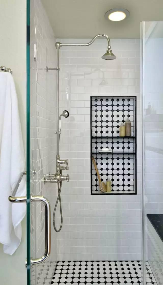 千万别让老婆学这种卫生间设计,不然你得明年才能上厕所了
