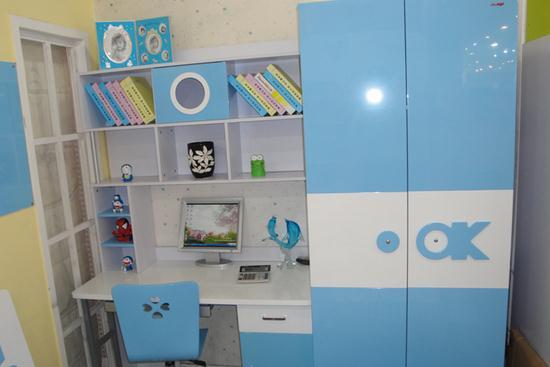 儿童卧室衣柜那个好 儿童卧室衣柜挑选
