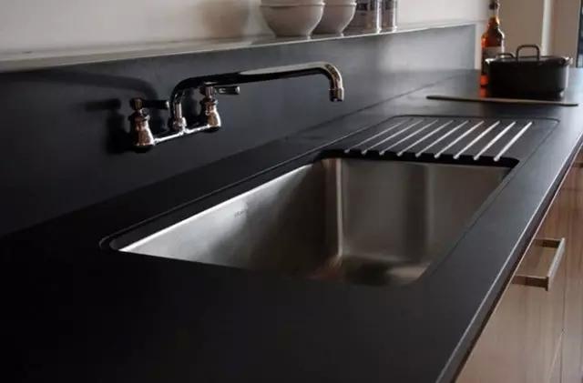 有了清洁小妙招,还怕厨房油污?