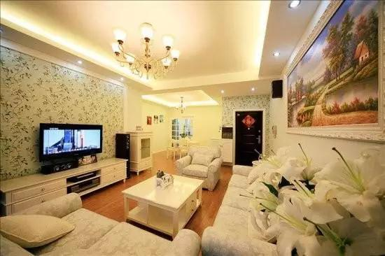 业主调研:如何装修客厅电视背景墙才能更省钱?