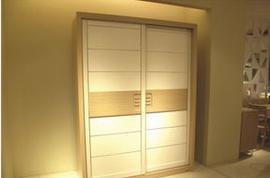 趟门衣柜选择需要注意什么