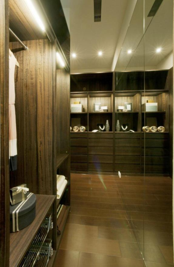 一些现代简约衣柜立面效果图
