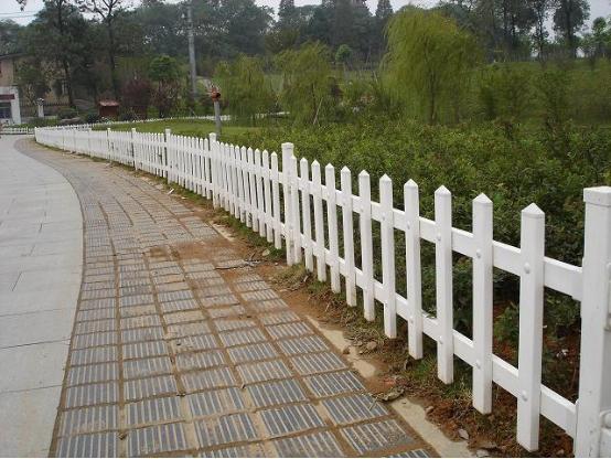pvc护栏的特性