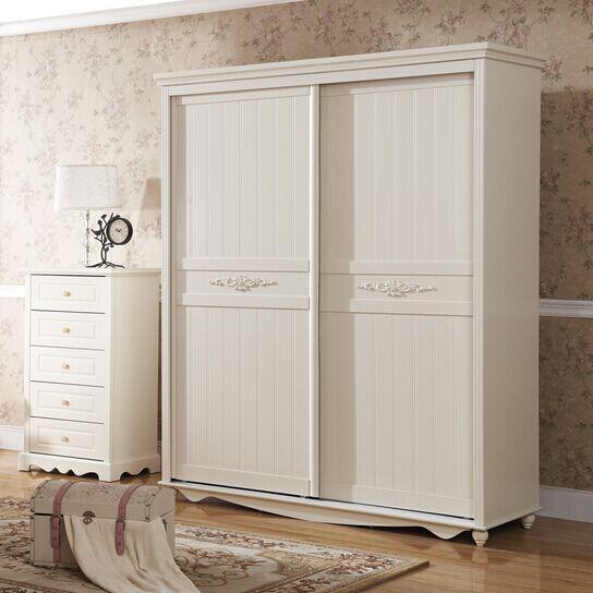 方便简洁的衣柜推拉门效果图