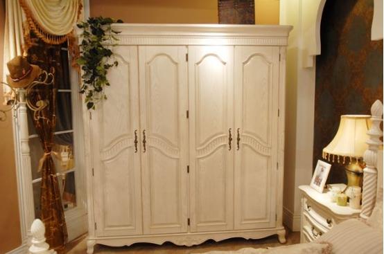 为何实木衣柜价格差异如此大