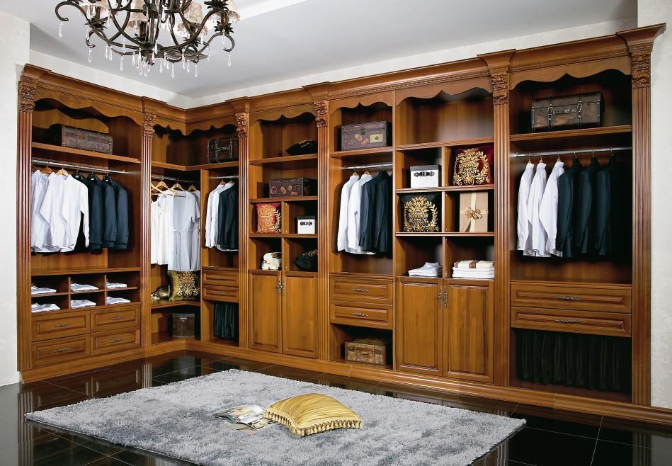 实木衣帽间和板式衣帽间的区别