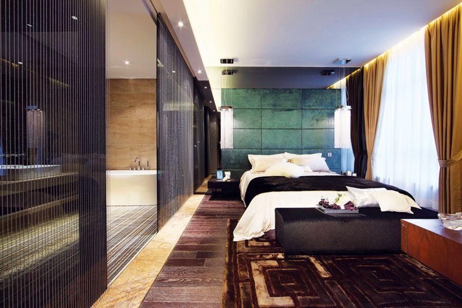 主流类型的豪华别墅卧室装修图
