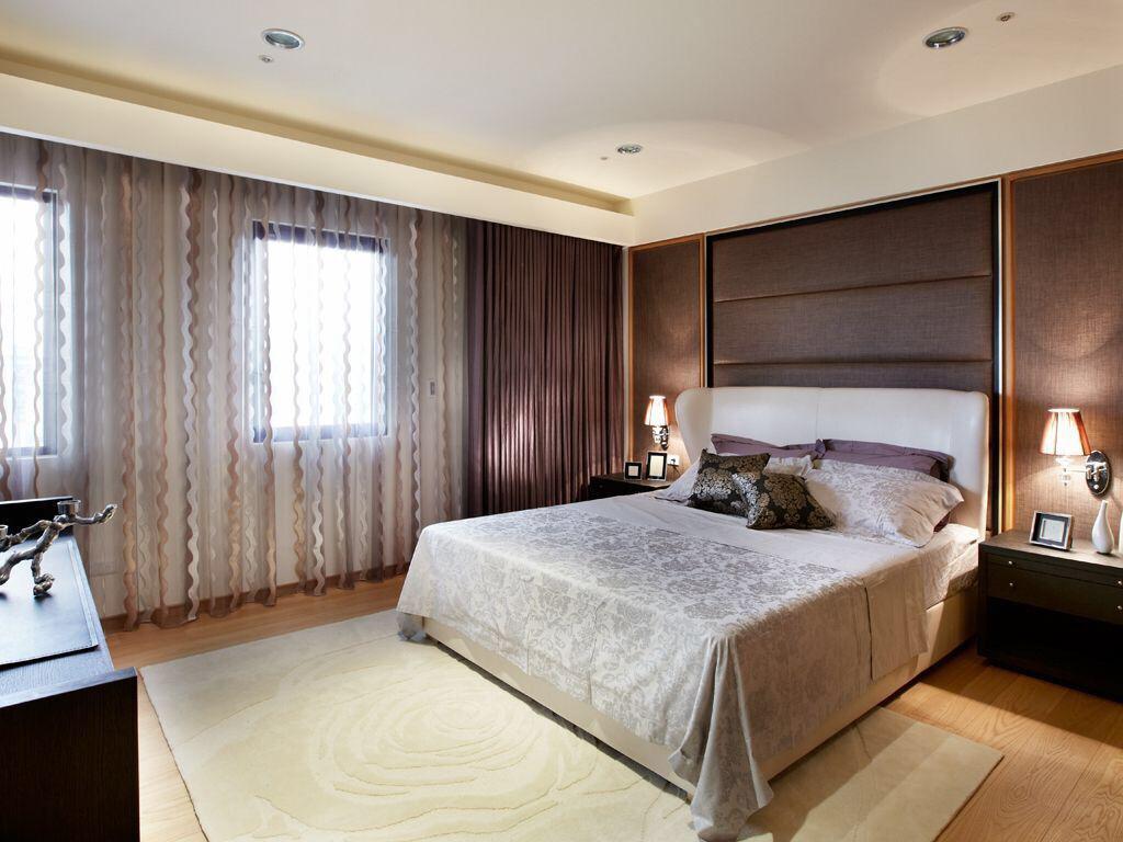 卧室里面装修什么样的窗帘最好看