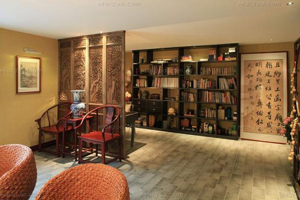 客厅隔断装修效果图当中的理念