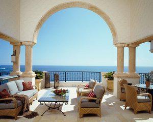 我喜欢天蓝色的阳台能给我带来清新的感觉