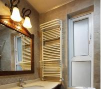 卫生间毛巾架该如何选择