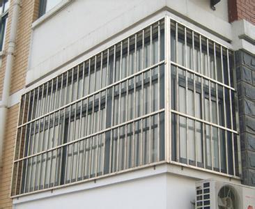 家有小童宠物 阳台防护栏杆标准