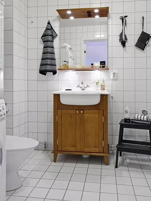 卫生间瓷砖铺贴时值得注意的几个问题