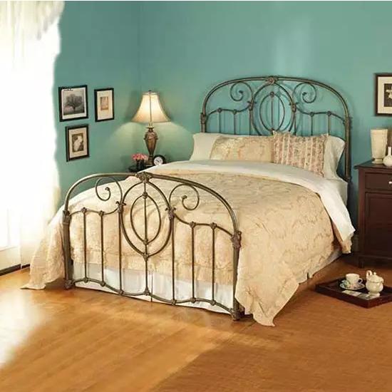 卧室布置成这样,我都不愿意去上班了!