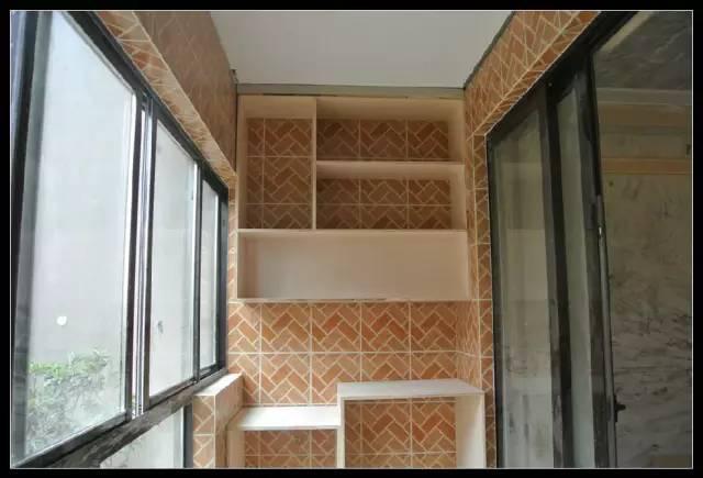 阳台竟然也能做吊柜?还不赶紧让木工给家里打一个!