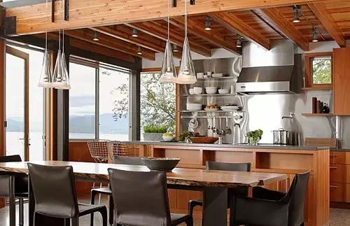 原木色开放式厨房
