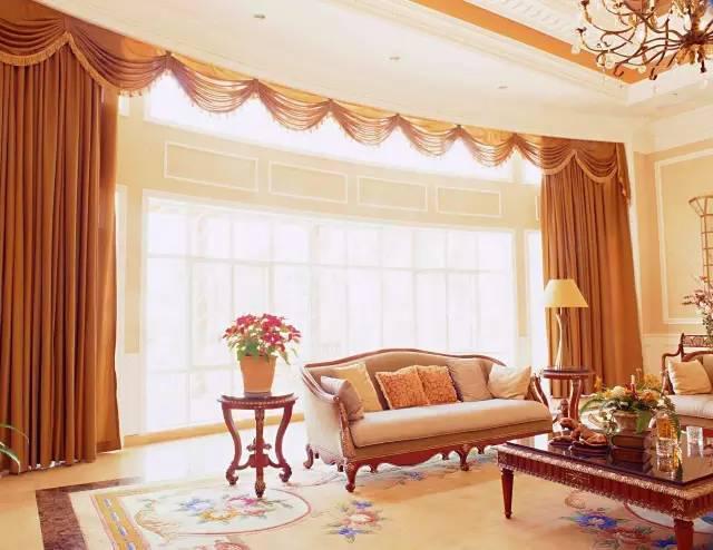 客厅窗帘用什么颜色好
