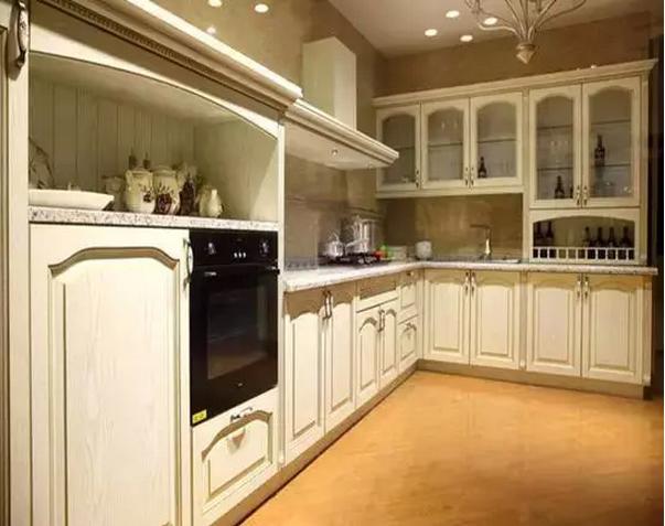 厨房橱柜用什么板材好,怎么做厨房既耐用又美观!