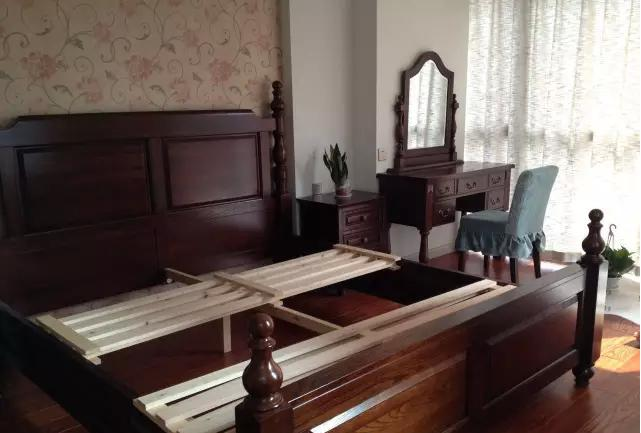 卧室家具套装组合的布局方法