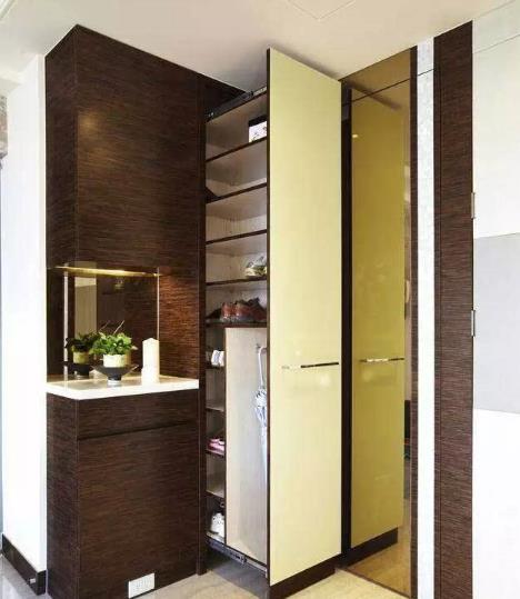 独特的小户型家具玄关设计