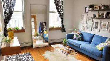 巧妙的小客厅家具装修布置