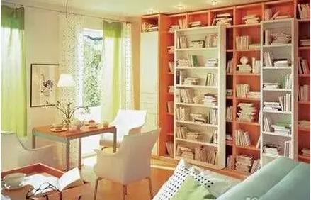 小户型客厅兼书房