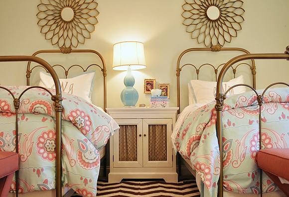 唯美女生卧室装修效果图