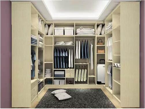 小卧室如何设计步入式衣帽间