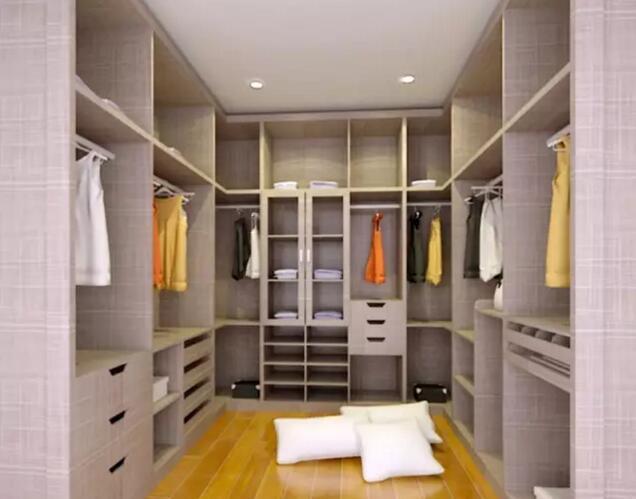 房间内跟衣帽间的隔断设计推荐