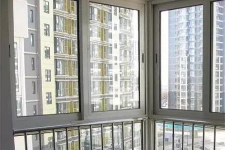 铝合金窗封闭阳台的窗型与外观设计