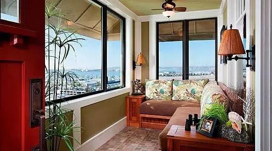 封闭阳台装修设计图欣赏 让阳台既实用又美观