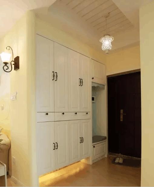 进门第一眼入户门玄关装修?