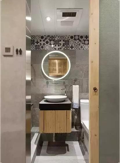 卫生间镜子保养技巧,路过不要错过!