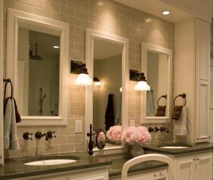 卫生间镜子对着客厅到底好不好?