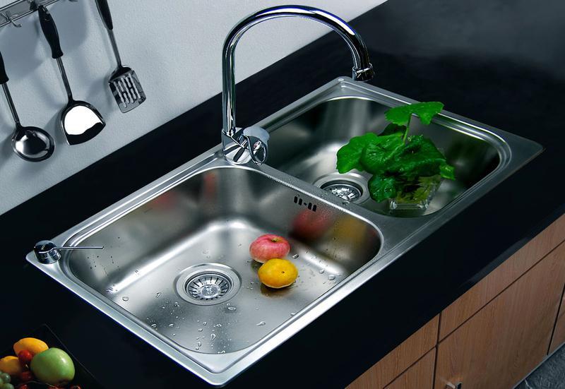 厨房水槽买什么牌子好呢 ?