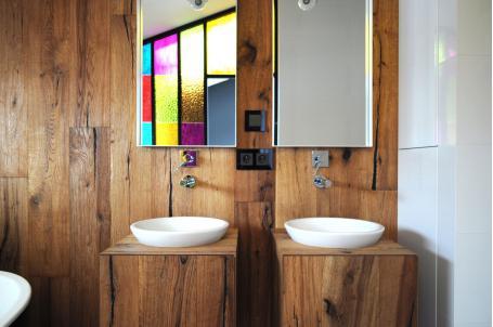 卫生间进门对着镜子有什么说法吗?