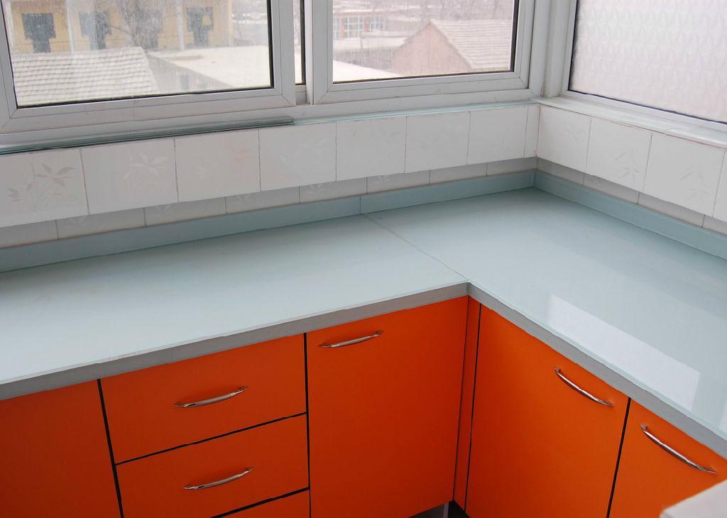 橱柜台面推荐,橱柜玻璃台面有用过吗?