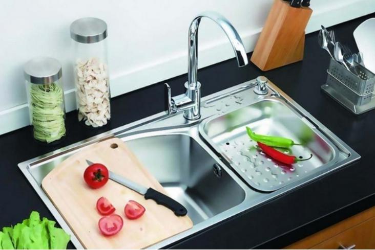 厨房水槽堵住了该怎么办