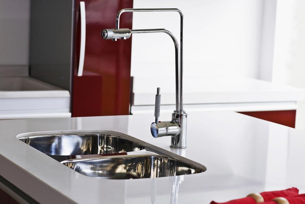 【生活经验】厨房水槽水管堵了怎么办?
