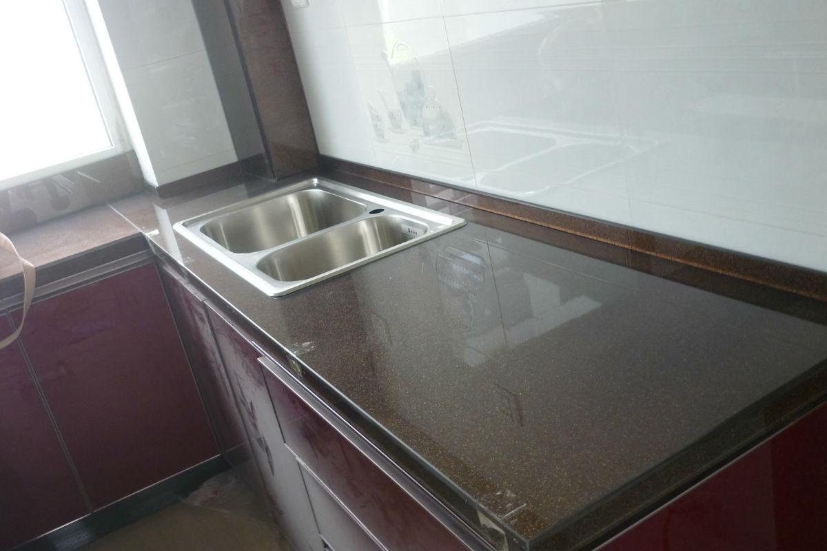 橱柜台面清洁保养窍门,厨房不再脏乱差