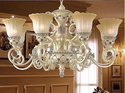 灯具的选择之欧式客厅吊灯