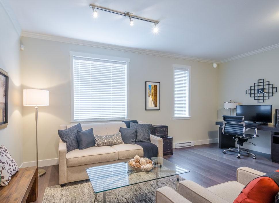 如何选择家居客厅灯饰呢?